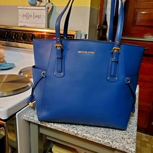 Michael Kors Voyager East West Blue Leather Tote